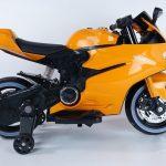 Diablo oranje elektrische kinder motor zijkant 550x639