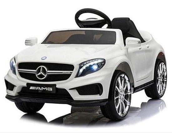Mercedes GLA45 AMG wit elektrische kinderauto 550x424